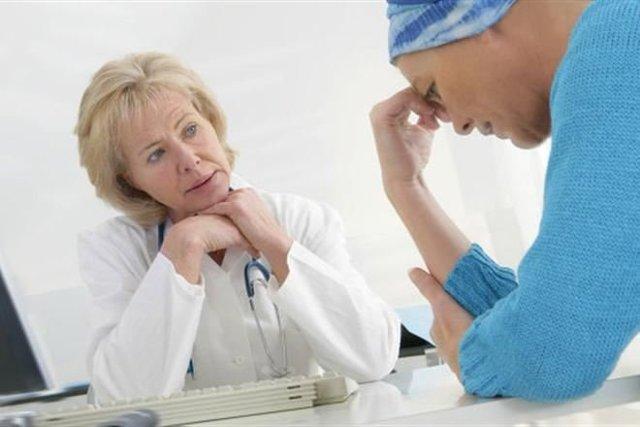 Гипотиреоз и месячные: отсутствие, задержка, нарушение менструального цикла
