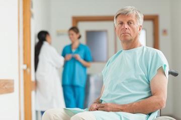 Операция по удалению узлов на щитовидной железе: показания, подготовка, как проходит и какие осложнения