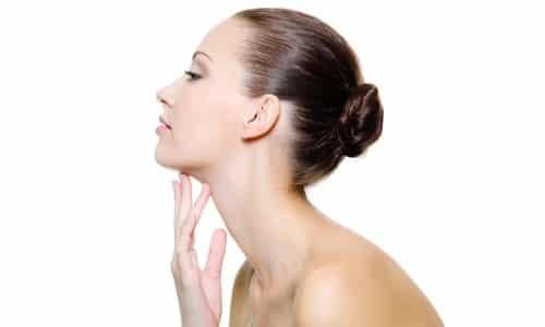 Лечение щитовидной железы народными средствами: у женщин, фитотерапия, глина, гирудотерапия, янтарные бусы