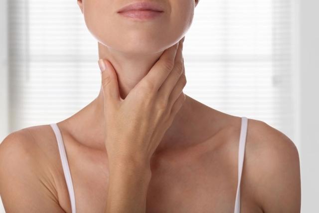 Симптомы гипотиреоза у женщин (фото)