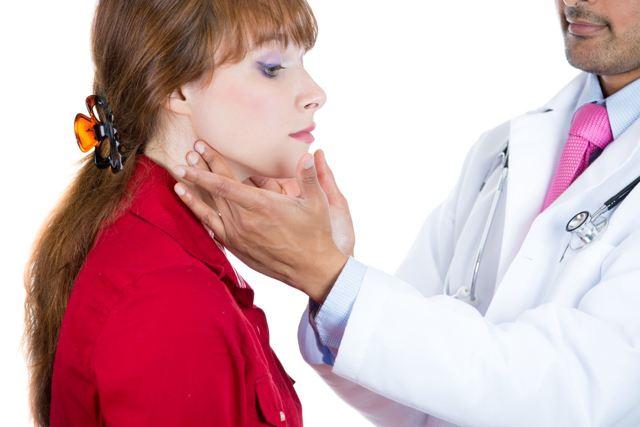 Лечение гипертиреоза щитовидной железы (у женщин, мужчин, детей): препараты, народные средства, оперция