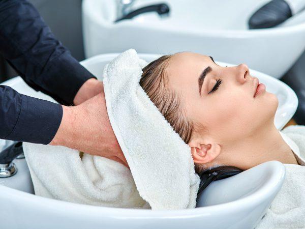 Гормональное выпадение волос у женщин: причины, лечение, чтобы остановить, средства при гормональном сбое, препараты