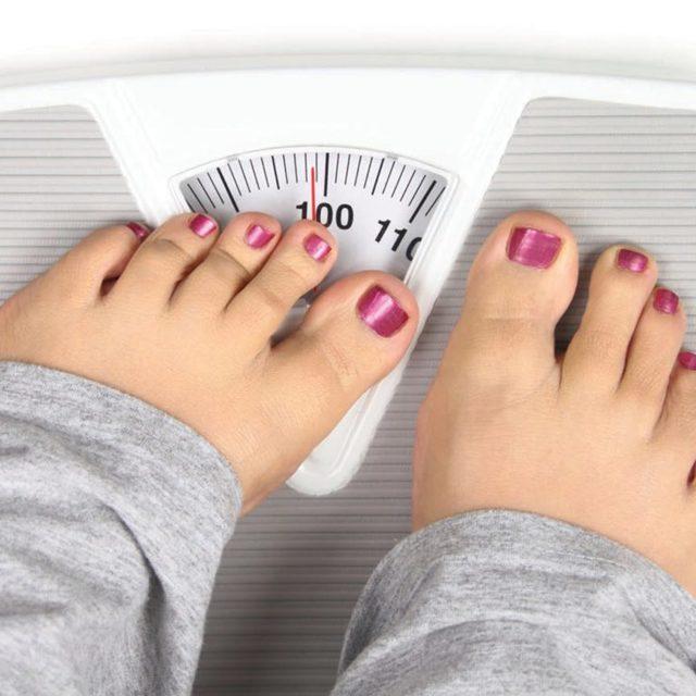 Ожирение от гормонального сбоя: почему происходит на фоне нарушения, терапия препаратами и таблетками от такого типа