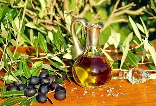 Масла при панкреатите (оливковое, сливочное, облепиховое)