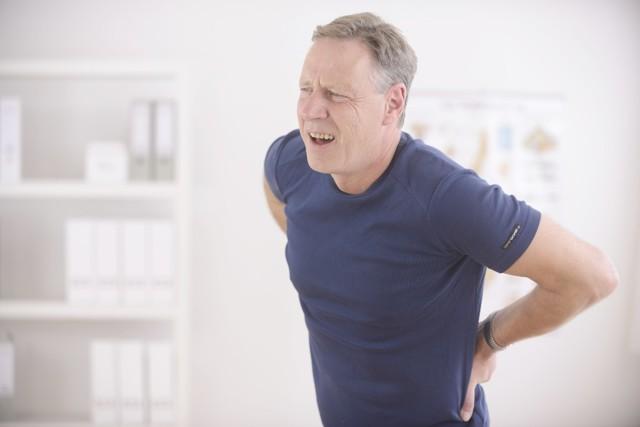Остеопороз у мужчин: причины, симптомы у молодых и пожилых, особенности, диагностика, лечение, профилактика