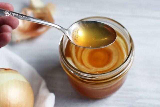 Лук при панкреатите: можно ли есть вареный и печеный?