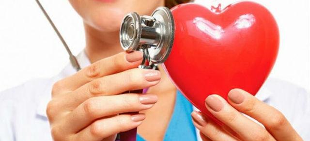 Может ли поджелудочная отдавать в сердце?