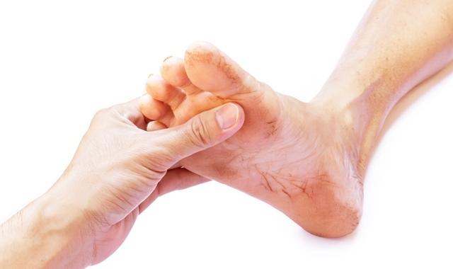 Крем для ног при диабете: какой подойдет от отеков, увлажняющий, с мочевиной при сахарном диабете