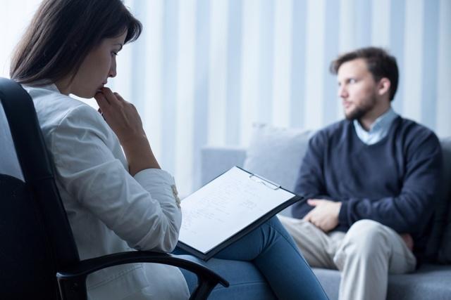 Симпатоадреналовый криз: основные причины, симптомы, неотложная помощь, диагностика, лечение
