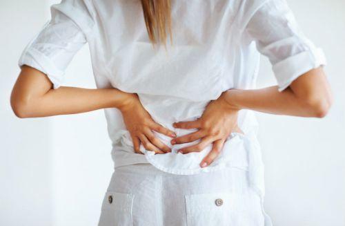 Киста надпочечника: основные причины появления у женщин, новорожденного, симптомы правого и левого, на УЗИ, лечение и операция по удалению