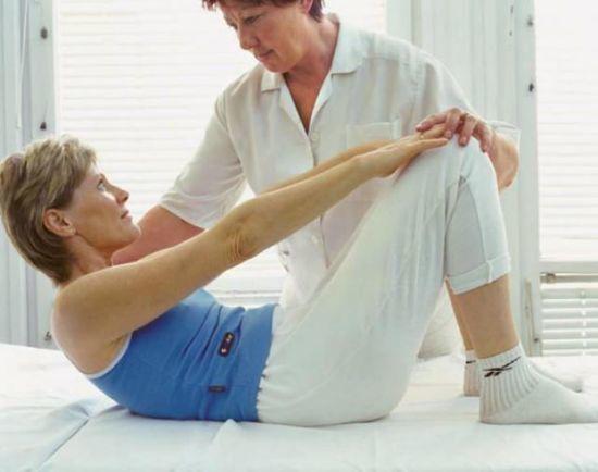 Боли при остеопорозе: какие бывают в суставах, позвоночнике, спине, ногах, болят ли кости, лечение сильных болей, синдром